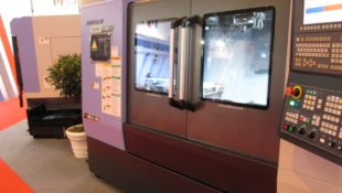 DNM5700 from Doosan and Mills CNC