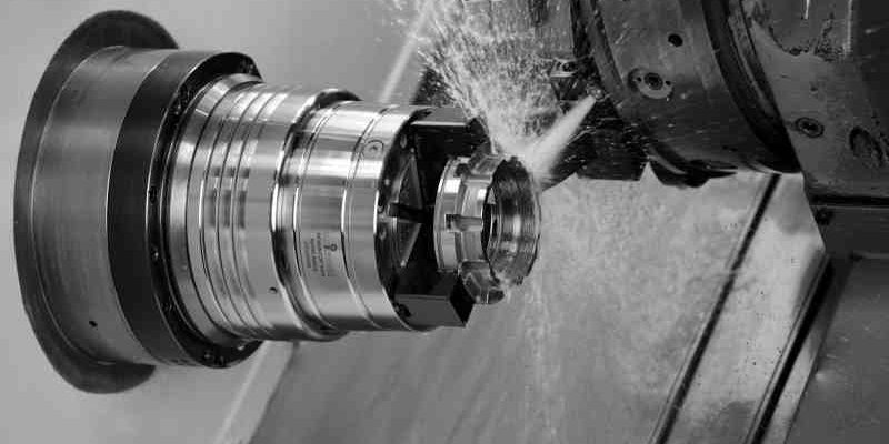 Leader's Hainbuch collet chuck provides three-in-one