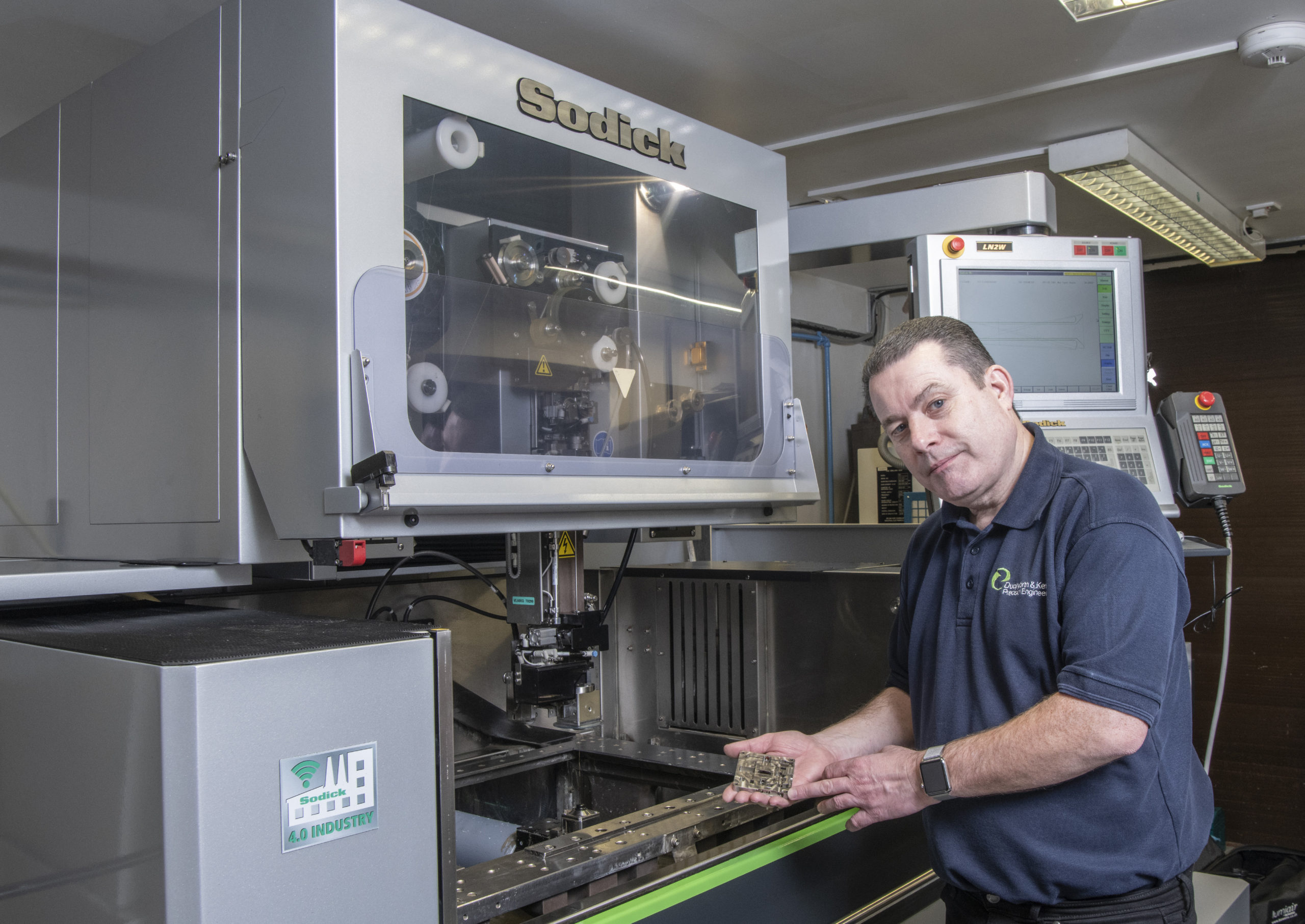 https://cdn.mtdcnc.global/cnc/wp-content/uploads/2020/05/20134549/MD-Terry-Gleeson-with-Sodick-technology-installed-at-Duckworth-Kent-Reading-ltd-scaled.jpg