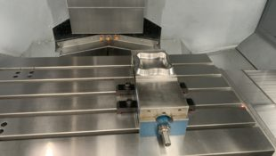 EX DEMO VMX42Ti Machining Centre with WINMAX twin-screen control