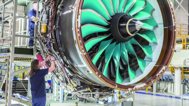 https://cdn.mtdcnc.global/cnc/wp-content/uploads/2020/07/16173224/18-19-Rolls-Royce-Ultrafan-engine-640x360.jpg