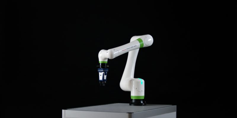 NEW COBOT OFFERS SOLUTION FOR POST-LOCKDOWN MANUFACTURING