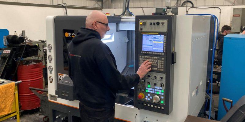 Hull Subcontractor Picks Victor